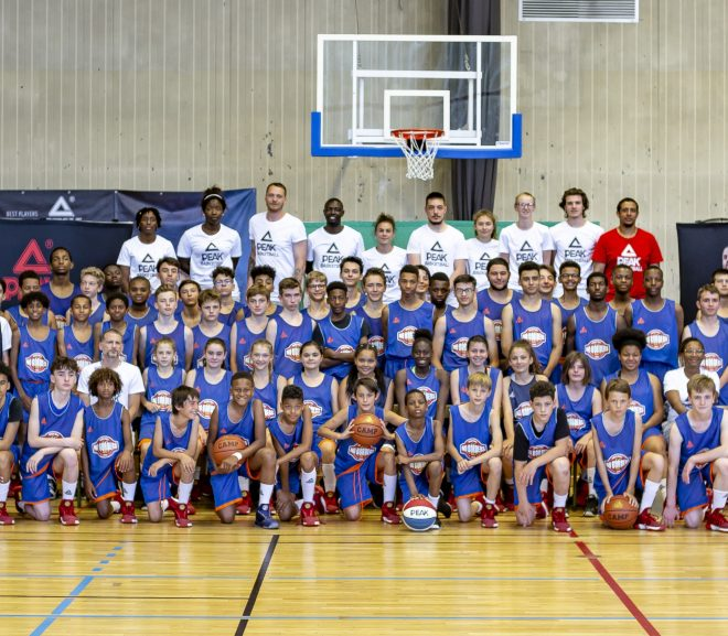 Le No Borders Camp, où les jeunes basketteurs suivent leur rêve
